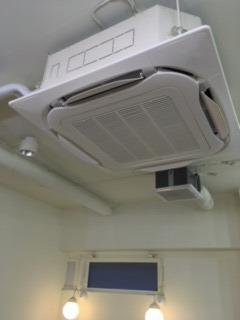 板橋のエアコン.JPG